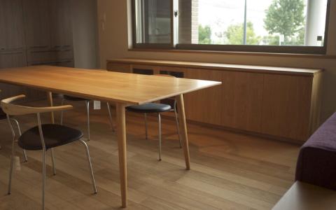 長野の家具工房HUMP(ハンプ)のオーダーテーブル